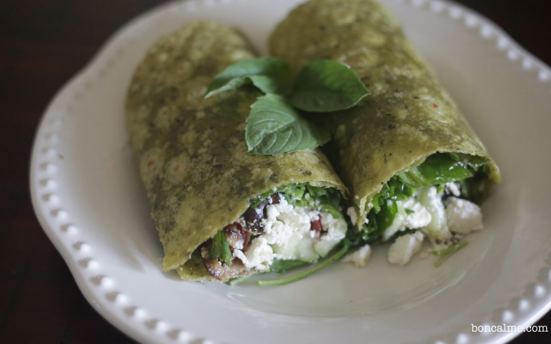 Low-FODMAP Greek Salad Wrap