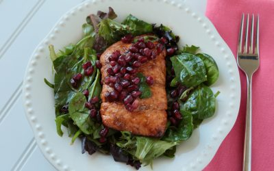 Low-FODMAP Sweet and Spicy Glazed Salmon & Pomegranate Salad